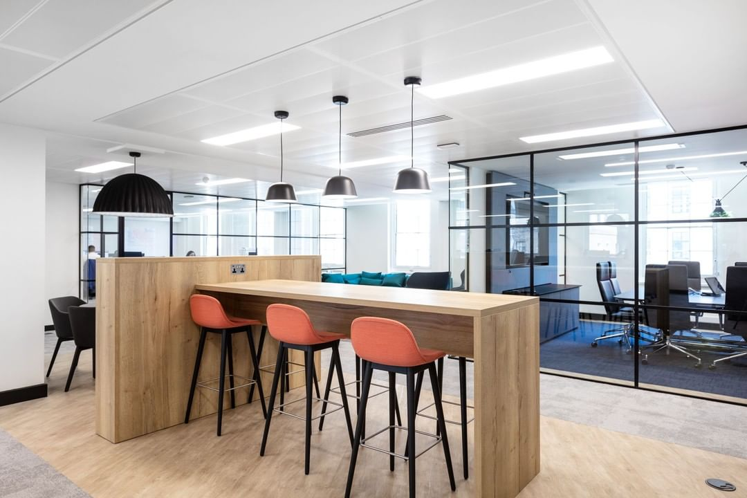 Luxe, sleek and minimal is just a few of the ways we would describe Literacy Capital's workspace.