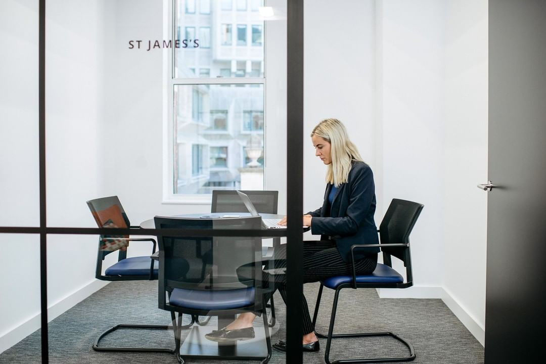 Meeting room booking systems is just one of the changes we incorporated into smartimpact's new HQ. The reason? They wanted to streamline their meetings and processes.