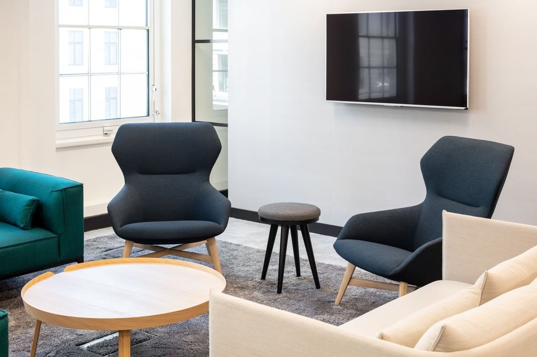 We stayed with Literacy Capital through every step of the process in moving into their new workspace. From shopping together for the final little touches to choosing timeless colour palettes, it was a hugely collaborative process.