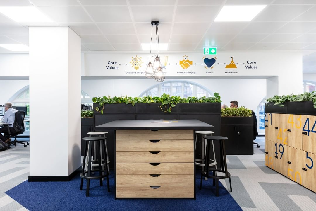 A central co-working catch-up hub for LCR.