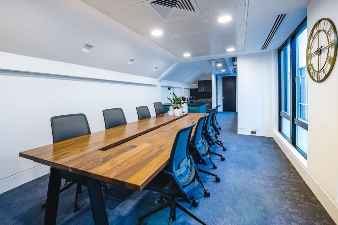 Sullivan Street wasn't without its design challenges. Eager to rise to the task, we worked hard, optimising the physical space and functional requirements.