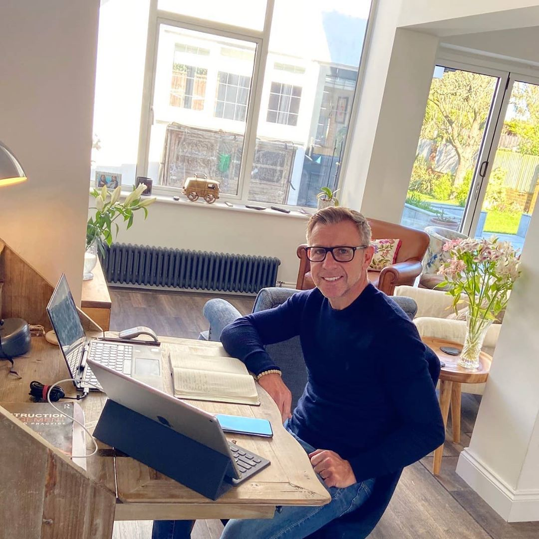 Simon Savage recently hit a pretty major milestone in his career and we couldn't be more proud. Happy 20th work anniversary Si! We sat down with him over a virtual cuppa to find out more about his journey so far with WFG. Head over to the link in our bio to find out everything you need to know!