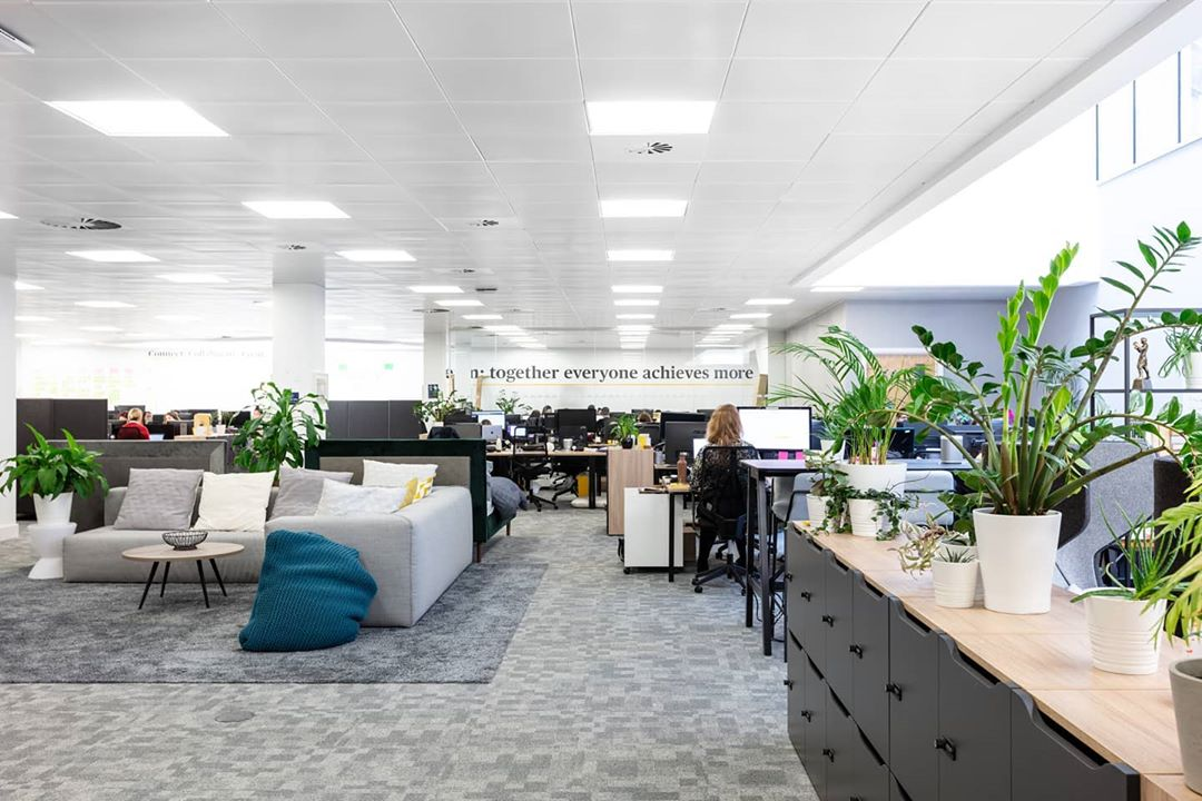 We hand-on-heart believe that the best work environments are achieved through the closest collaboration between you and us. Supporting each other, no matter what to create special workspaces is what it's all about. Take a look inside our co-creation of eve sleep's dream workspace with Work.Life for Yours (link in bio).